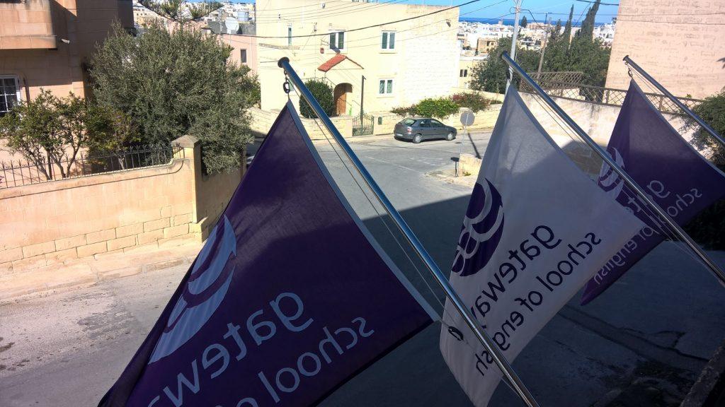 Escola de inglês GSE em Malta para estudar cursos de inglês excelente localização em St Julians