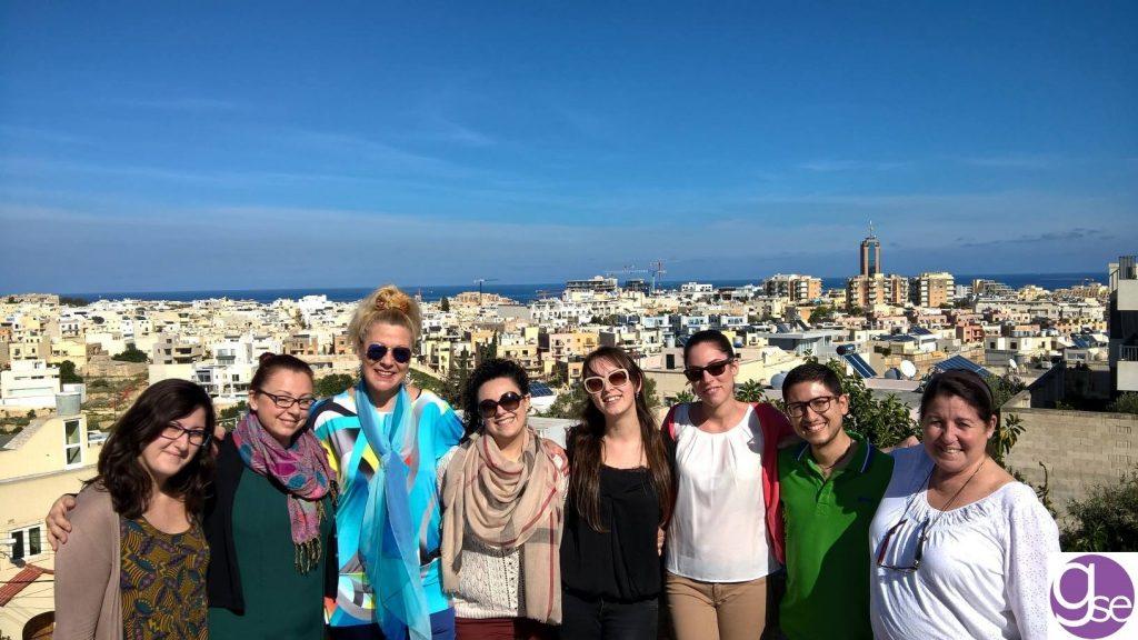 equipe de inglês nativo e professora escola de inglês em Malta Gateway School of English GSE